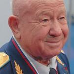 Алексей Леонов космонавт и художник